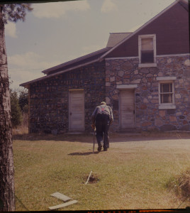 Fred Smith walking to the Rock Garden Tavern. Photo: Robert Amft, c. 1960-64